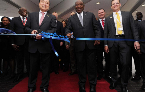 President @CyrilRamaphosa Ramaphosa and ITU Secretary General Houlin Zhao cut the ribbon to mark the official opening of the conference exhibition.