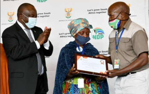 President Cyril Ramaphosa hands over title deeds to farmers in Groblersdal, Limpopo.