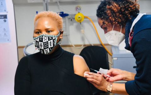 Minister Lindiwe Zulu receives her COVID-19 vaccine at Randgate Clinic, Randfontein.