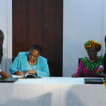 Transport Minister Dipuo Peters and her Ghanaian counterpart Dzifa Attivor signing the Bilateral Service Agreement between SA and Ghana. Source: GCIS