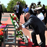 President Zuma laying a wreath at the grave site of First Ghanaian President Kwame Nkrumah at Kwame Nkrumah Memorial Park. Source: GCIS