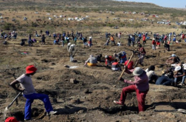 The illegal mining site in KwaHlathi. SABC.